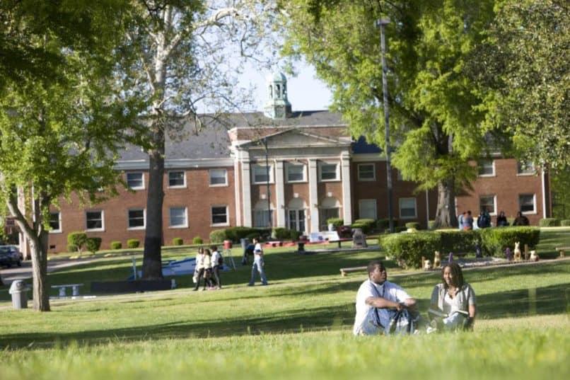 Saint Augustines University