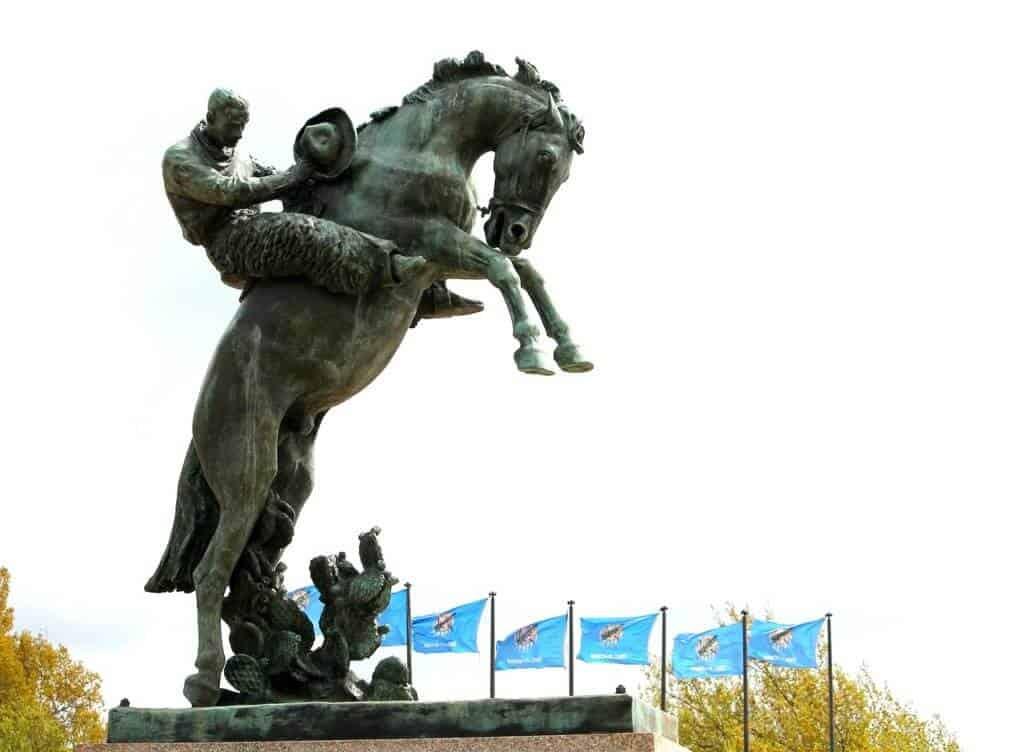 oklahoma city statue