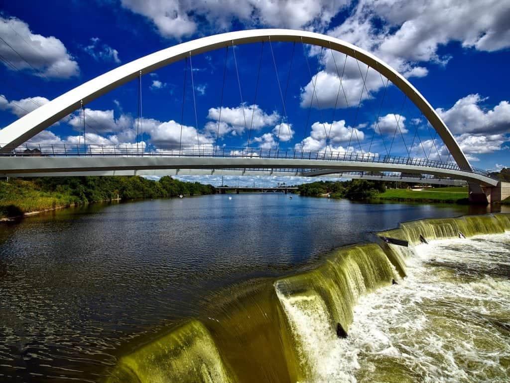 bridge desmoines iowa