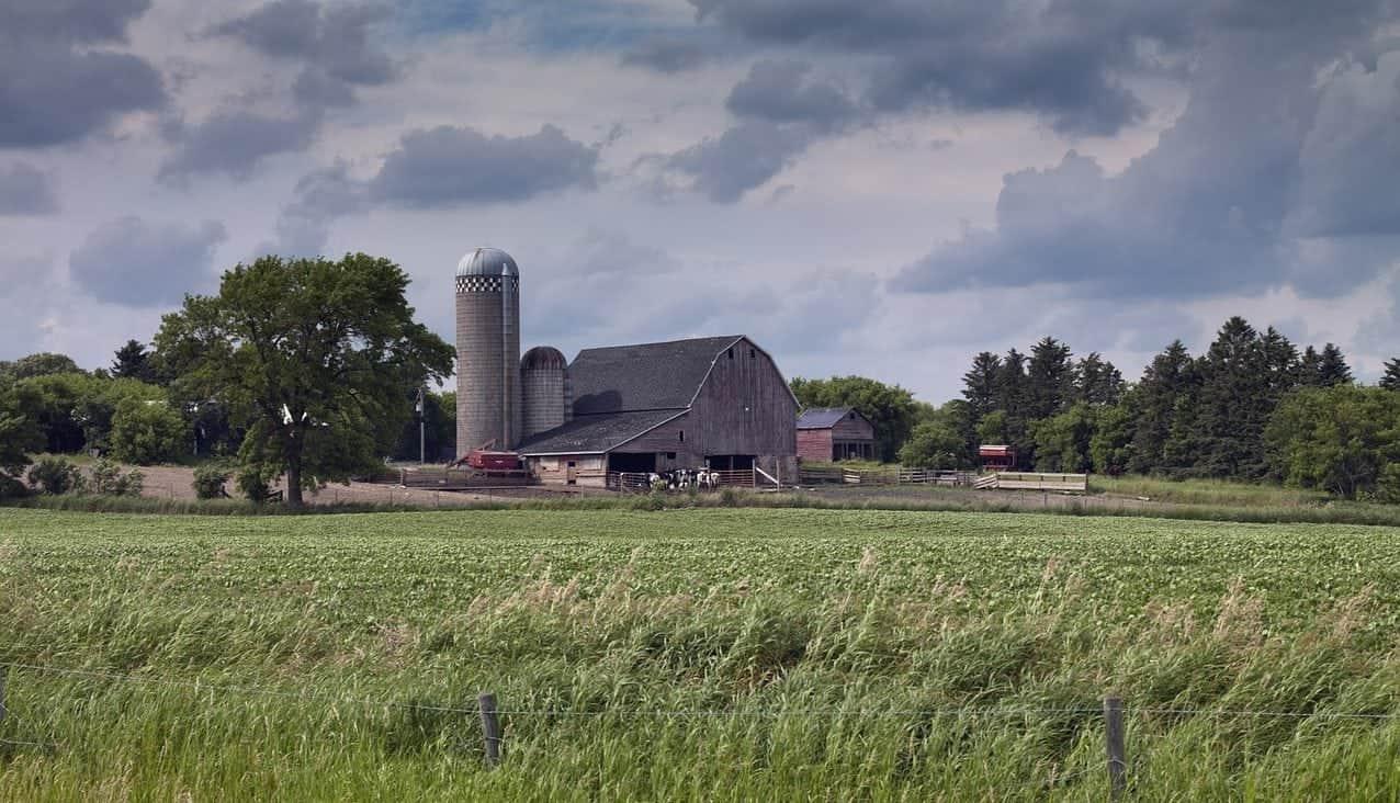 farm North dakota e1502812523408