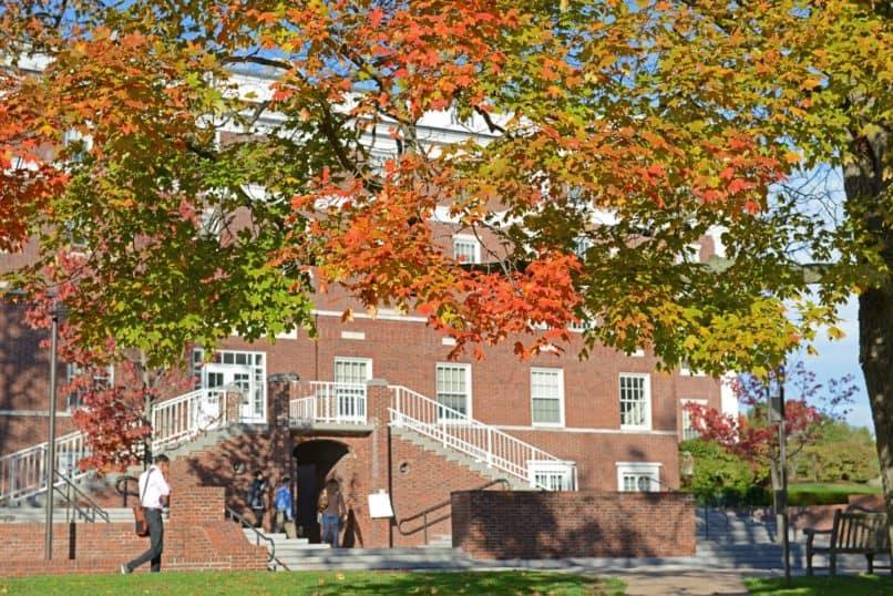 Wesleyan fall foliage