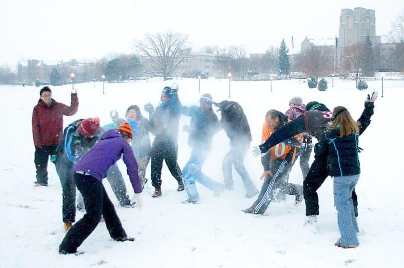 VT tech snowball fight