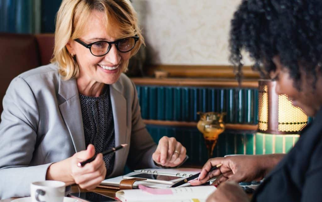 adults businesswomen coffee 1643323