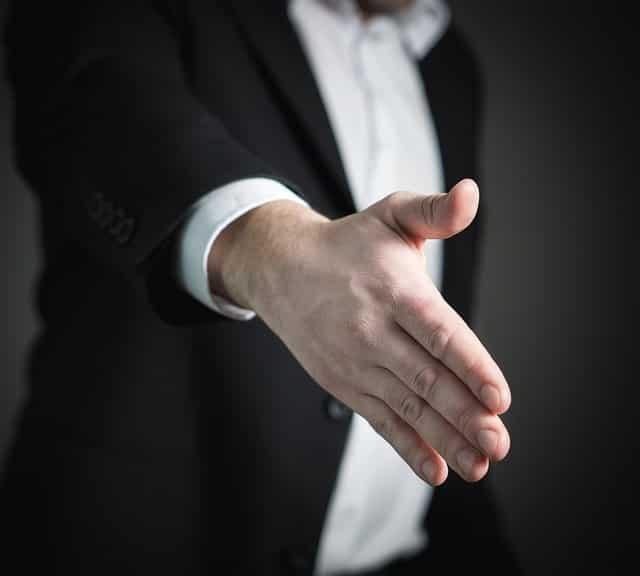 handshake 2056021 640