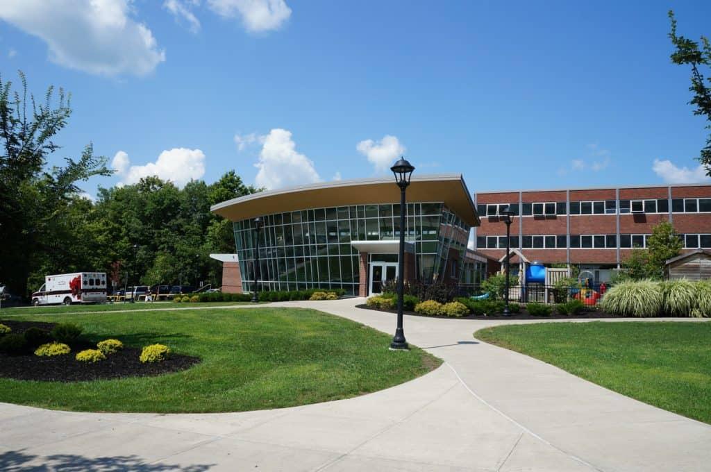 college 75535 1920