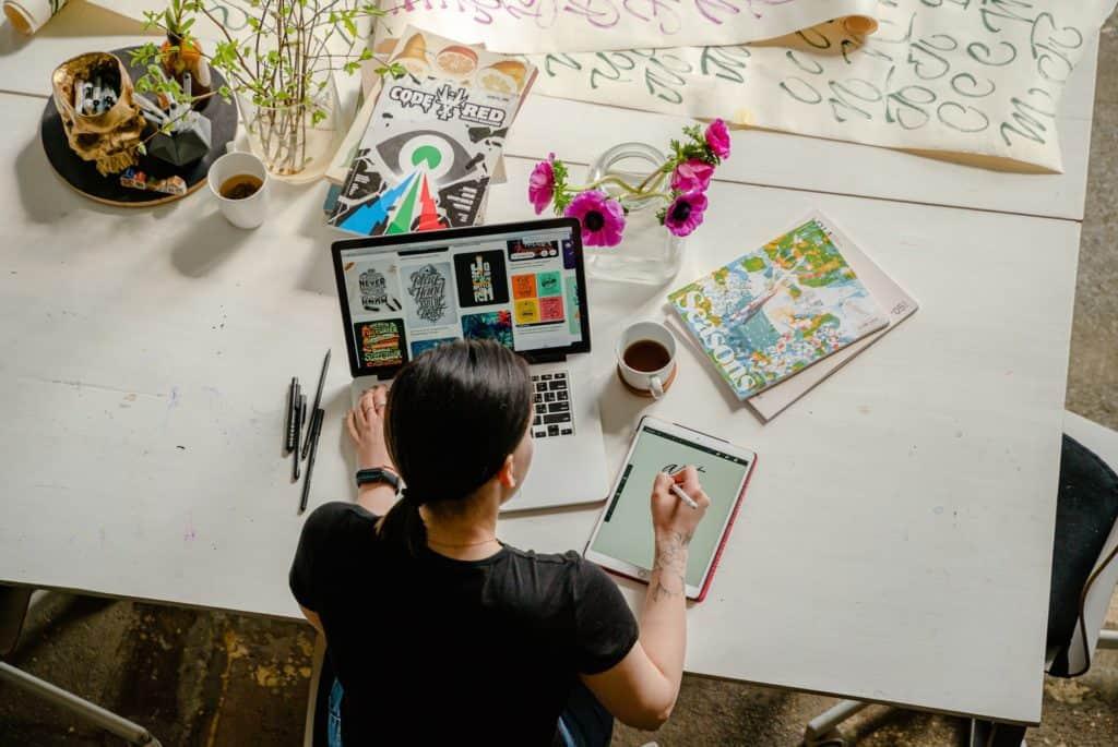 online digital marketing student